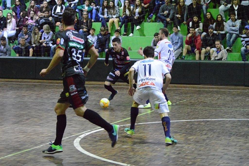 Mafra Ferromax goleia fora de casa, mantém invencibilidade e lidera a Copa Santa Catarina