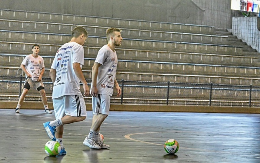 Blumenau Futsal mira segunda vitória consecutiva no estadual
