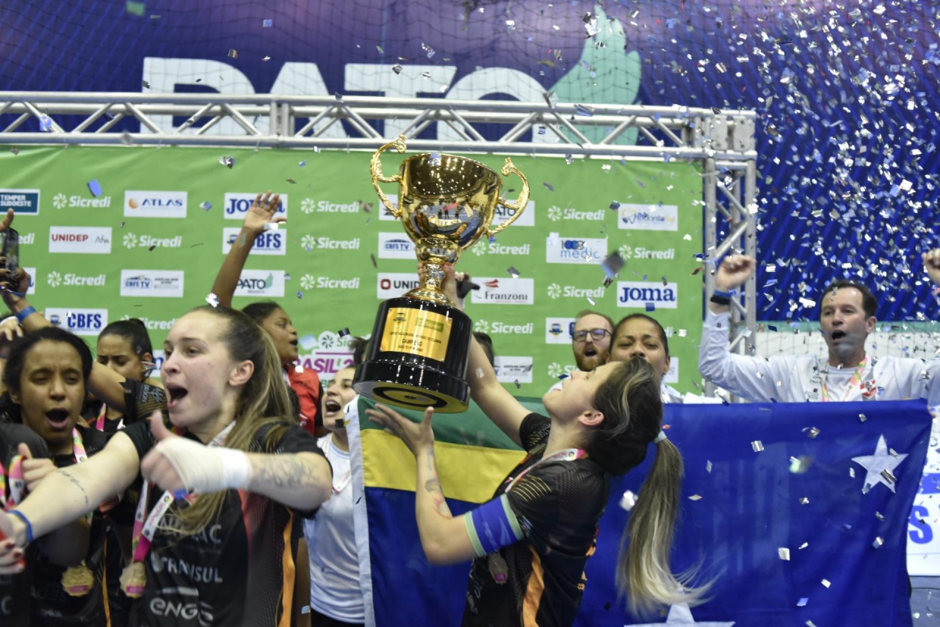 Leoas da Serra conquista o bicampeonato da Taça Brasil